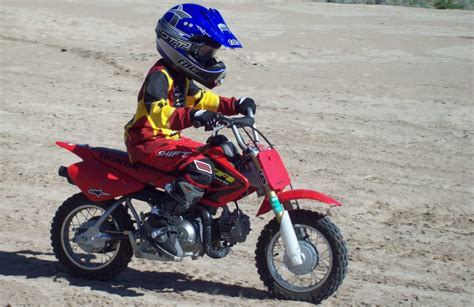 childrens motocross bikes 33 reasons your kids should do motocross