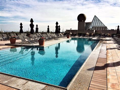 piscine hotel arts barcelone carnets nordiques