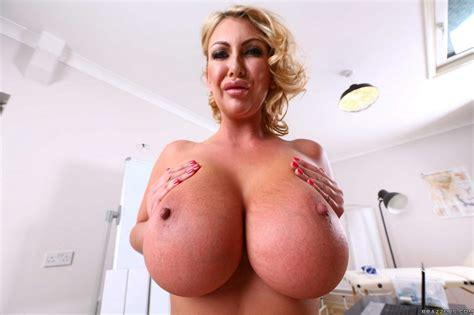 Tumbex Nude Busty 145854998930