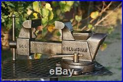 columbian  jaw bench vise withswivel base pipe grips