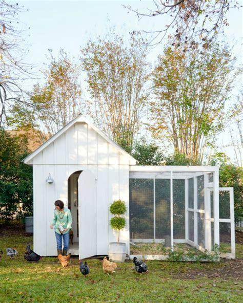 White Shed Chicken Coop by 14 Creative Chicken Coop Ideas Outdoortheme