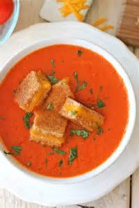 Grilled Cheese Tomato Soup with Croutons
