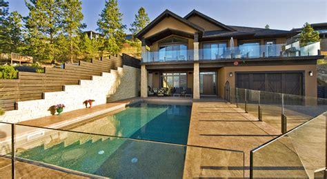 grade level entry  sqft home plans  harmony homes
