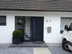 Deko Haustüre Eingangsbereich : haust re putz fensterfarbe h uschen pinterest ~ Whattoseeinmadrid.com Haus und Dekorationen
