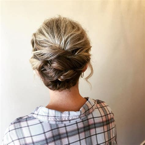 Updo Hairstyles Pictures by The 19 Cutest Updos For Hair In 2019