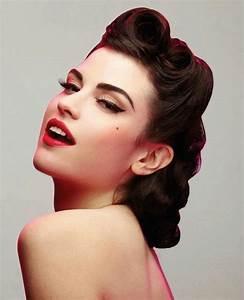 Coiffure Année 50 Pin Up : maquillage pin up le style r tro des ann es 50 obsigen ~ Melissatoandfro.com Idées de Décoration