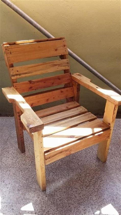 wood chair creative diy recycled wooden pallet chair ideas pallets Diy