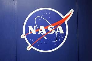 Free coloring pages of nasa logo