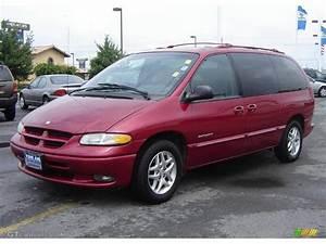 1998 Dodge Caravan Photos  Informations  Articles