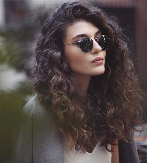 Curl Hairstyle For by Totally Chic And Beautiful Curly Hairstyles Hairstyles