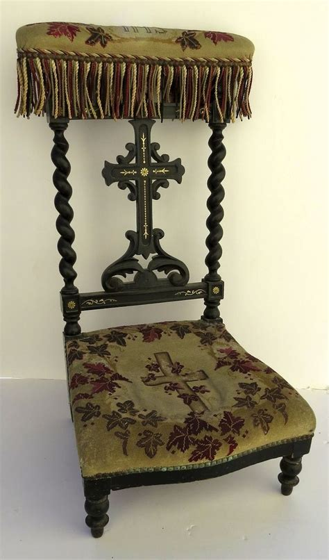 chaise prie dieu 1000 images about prie dieu prayer kneeler plans on