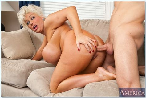 Plumper Mature Claudia Marie Gets Her Boobs Fucked And
