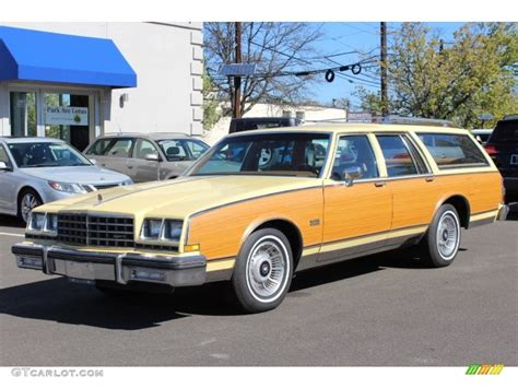 1980 Buick Lesabre by 1980 Yellow Buick Lesabre Estate Wagon 63451280 Photo 8