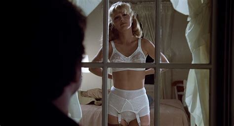 Mary Louise Weller Nue Dans Animal House