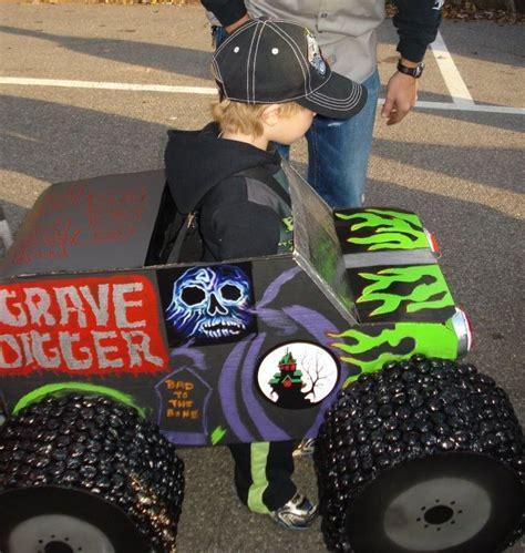 grave digger costume monster truck max s gravedigger halloween costume
