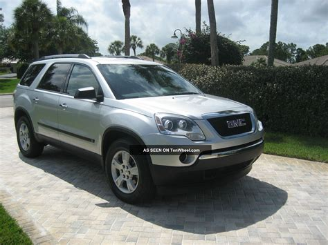 gmc acadia car pictures