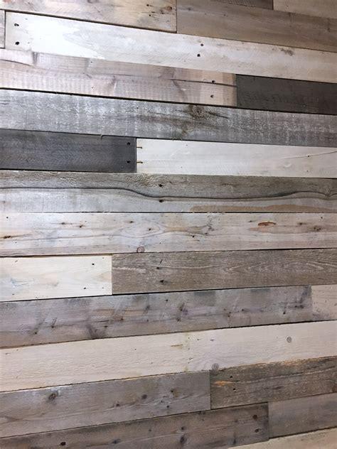 diy   build  wood pallet wall  kelly homestead