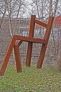Skulpturen Aus Rostigem Stahl : 17 besten living chairs stuhlskulpturen bilder auf pinterest st hle skulptur und gartenanlage ~ Sanjose-hotels-ca.com Haus und Dekorationen