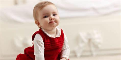 a quel age met on bebe dans une chaise haute problèmes de surpoids et d obésité chez le tout enfant