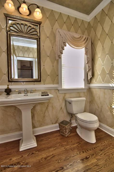 Top 10 Powder Rooms With Pedestal Sinks  Get Inspired. Red Dining Room Set. Wall Stencils For Living Room. Dining Room Wall Decorations. Modern Living Room. Living Room Fireplace Ideas. Grey And Cream Living Room Ideas. Delegates Dining Room. Moroccan Style Living Room Design