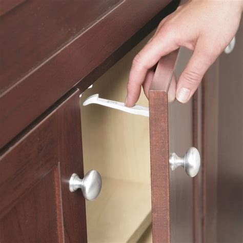 baby safety cabinet and drawer latches safety 1st cabinet drawer latches 14 count walmart com
