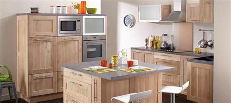 cuisine chene brut idea meubles de cuisine en chêne massif brut