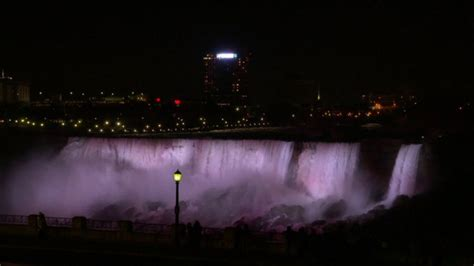 new lights illuminate niagara falls but come with 3m