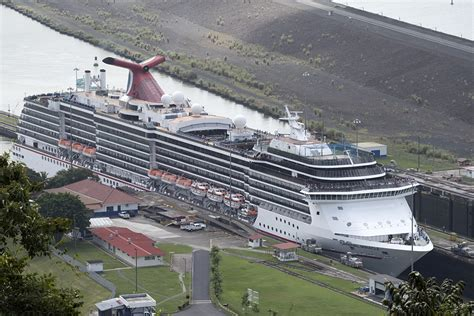 Ship Route by Carnival Splendor Carnival Miracle Transit Panama Canal