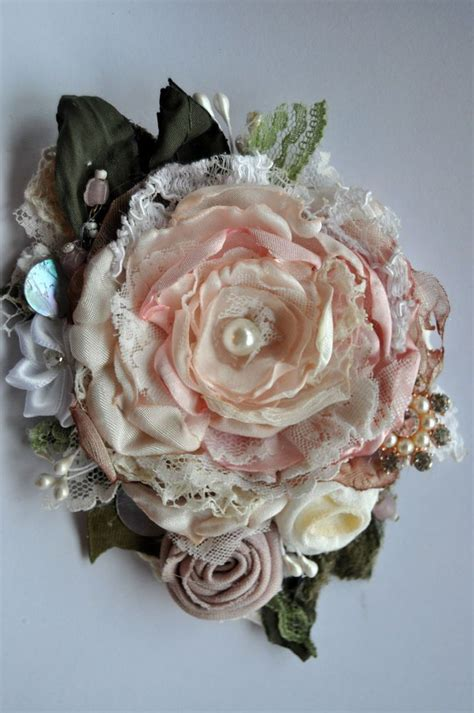 details  victorian edwardian rose powder pink brooch