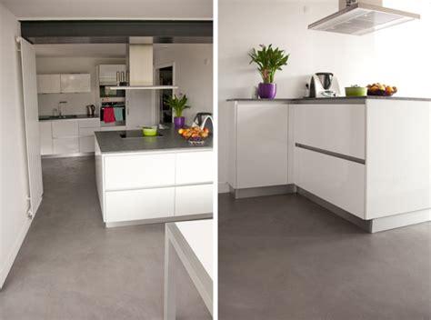 beton ciré pour cuisine sol tendance pour cuisine flexibul décoration