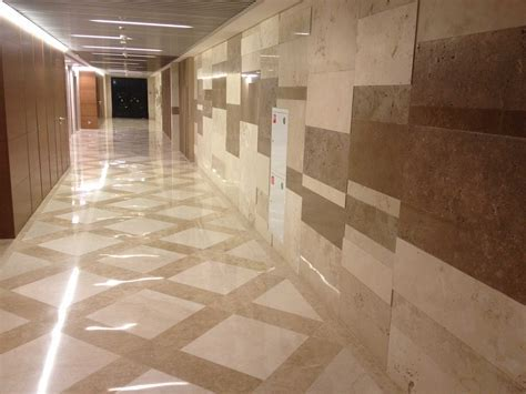 Cladding of building surfaces with marble classic