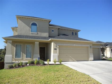 5 Bedroom Home With Walkout Basement For Sale  Stone Oak