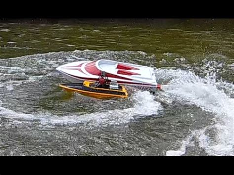 Rc Jet Boat Tear Into by Streamline Rc Thrasher Vs Nqd Tear Into And Thrasher Max