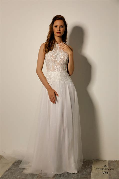 Wedding gowns- Infinity collection | Wedding gowns- Studio ...