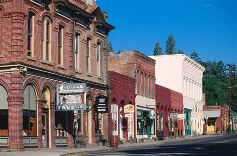 best small towns in america 21 of the best small towns in america photos architectural digest