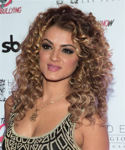 Layered Curly Hairstyles The Xerxes