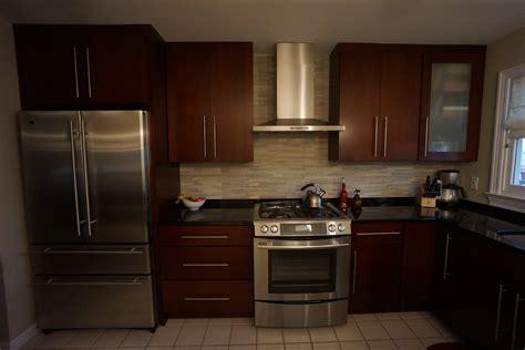 mange debout cuisine cuisine mange debout cuisine avec orange couleur mange debout cuisine idees de couleur