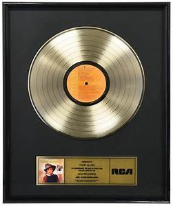 Lot Detail Rca Gold Record Award For The Elvis Presley