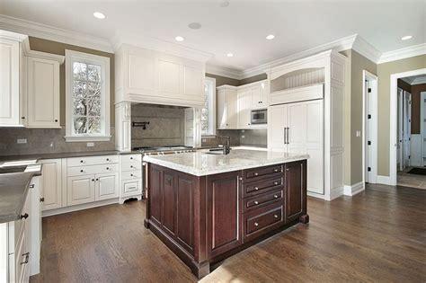 grey kitchen cabinets best 25 cherry wood kitchens ideas on cherry 6439
