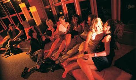 sex swinger club