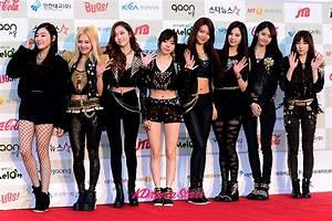 Girls 39 Generation Attends The 3rd Gaon Chart Kpop Awards