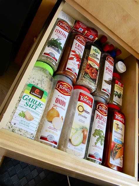 Do It Yourself Spice Rack by Keep Calm Diy Magnetic Spice Rack
