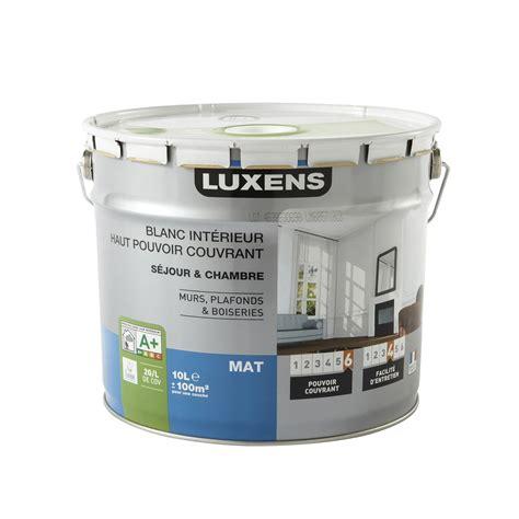 leroy merlin peinture plafond peinture blanche mur plafond et boiserie haut pouvoir couvrant luxens mat 10 l leroy merlin