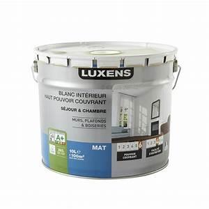 peinture blanche mur plafond et boiserie haut pouvoir With peinture blanche mur et plafond