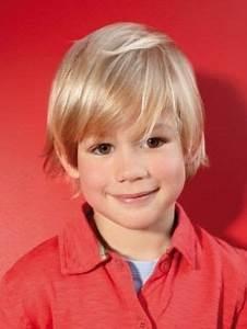 Frisur Kleinkind Junge : die besten 25 niedliche kleinkind m dchen frisuren ideen auf pinterest leichte ~ Frokenaadalensverden.com Haus und Dekorationen