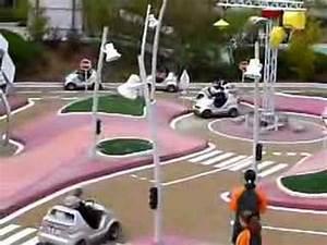 Voiture Electrique Pour 14 Ans : voitures lectriques pour 8 12 ans au futuroscope youtube ~ Melissatoandfro.com Idées de Décoration