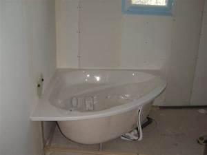 Comment Installer Une Baignoire : pose d une baignoire d angle ~ Dailycaller-alerts.com Idées de Décoration