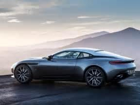 Nouvelle Aston Martin : nouvelle aston martin db11 la star de ce salon de gen ve ~ Maxctalentgroup.com Avis de Voitures