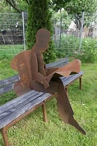 Bank Für Garten : skulpturale garten bank mit einem zeitungsleser aus rostigem stahl ~ Eleganceandgraceweddings.com Haus und Dekorationen