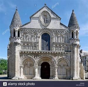 Le Mans Poitiers : opening front door key stock photos opening front door key stock images alamy ~ Medecine-chirurgie-esthetiques.com Avis de Voitures